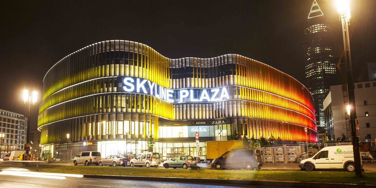 Centrul comercial Skyline Plaza